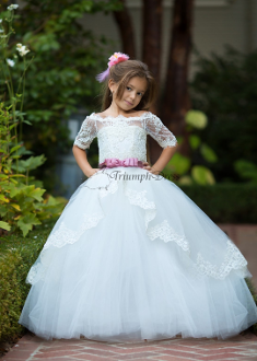 Girls Lace Dress with Sleeves/Train