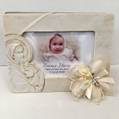 2x3 Personalized Pearl Oval Frame Bomboniere